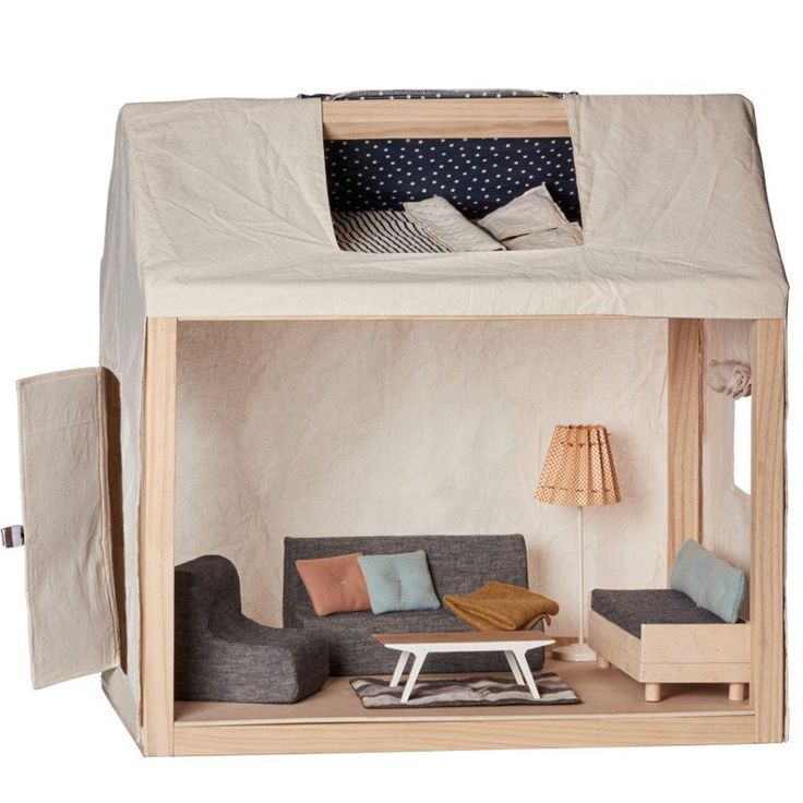 Maileg Ginger Family House with Furniture