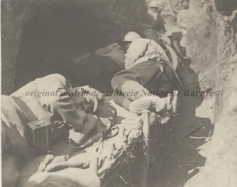 BU-F-01073-1-08763 Primul război mondial. Soldaţi dormind în tranşee, s. d. (sine dato) (niv.Document)