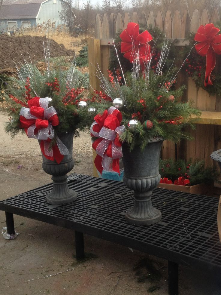 53 besten Outdoor planters - winter arrangements Bilder auf ...