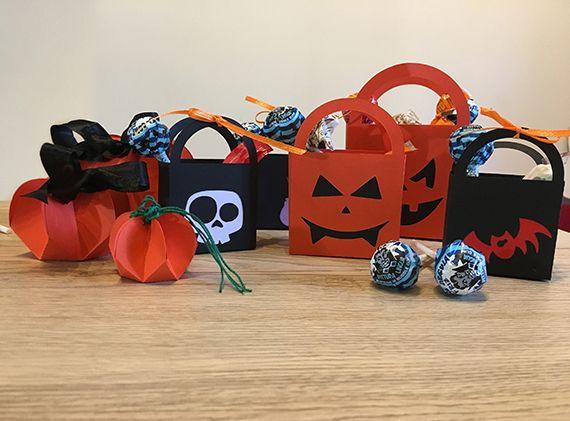 Bustine segnaposto da riempire di dolcetti!! Halloween is coming!!