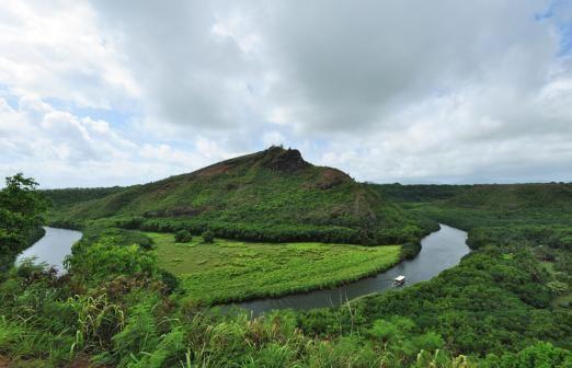 One-Day – Kauai – Waimea Canyon & Fern Grotto Tour | Roberts Hawaii