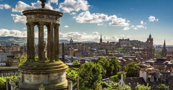 Reposting @egtours: Take an #egtgolftour  To #scotland visit #edinburghcastle #edinburgh #scottish #uk #linksgolftravel #linksgolftours #history #culture #fridayfeeling  Order your new 2018 #egtgolftour travel brochure today #travelblogger #touroperator