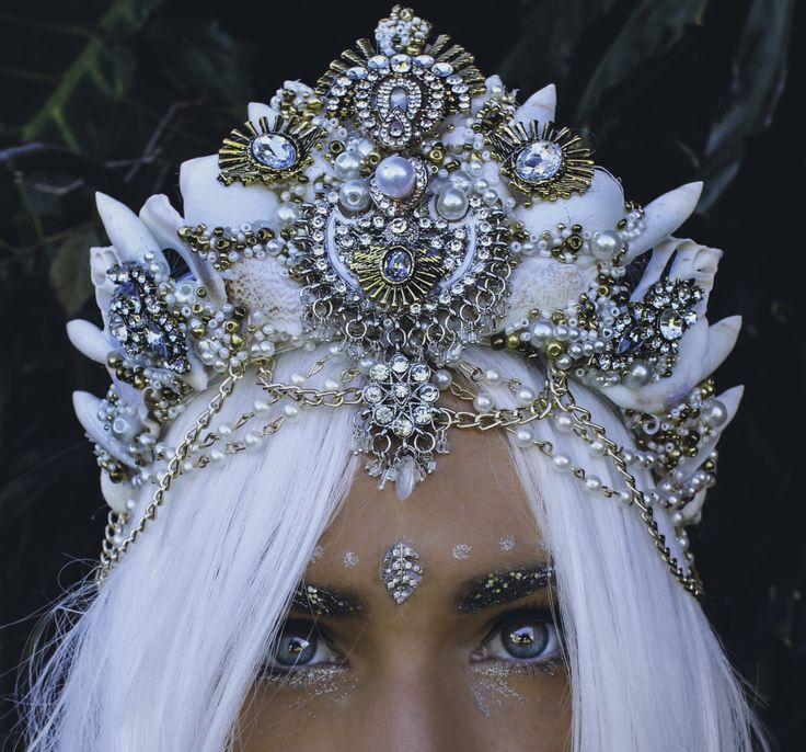 Stunning Handmade Mermaid Seashell Crowns by Chelsea Shiels …