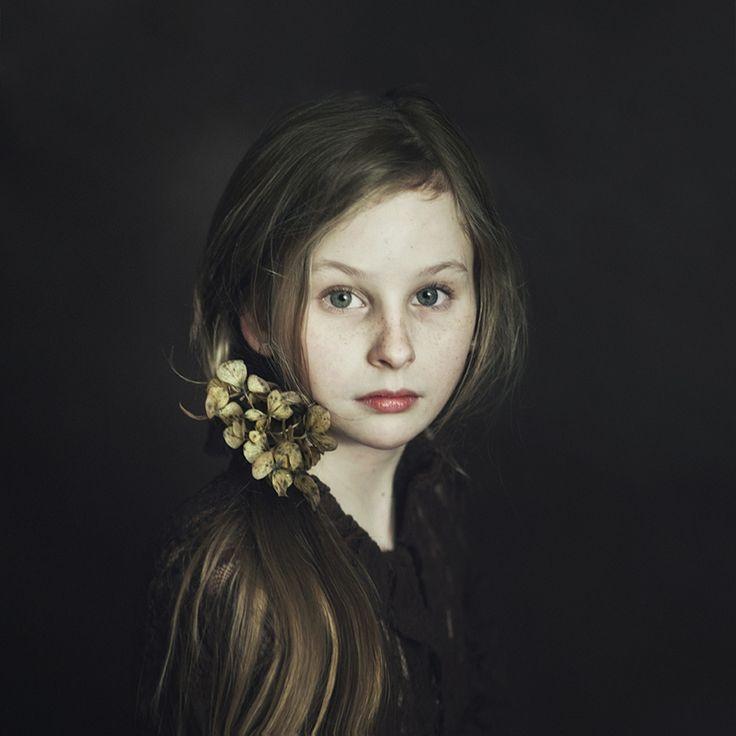 121Clicks :: Magdalena Berny from Poland - Fine Art Portrait Photographer Portfolio