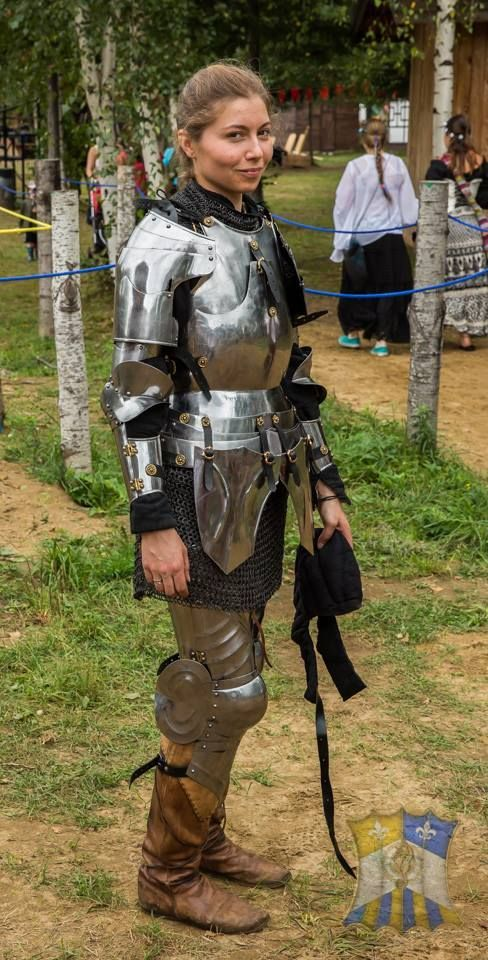 Marie Baron, winner of the MSA and chosen as Most Chivalrous in the Sport Division, Bicolline 2014 (photo by Eric Dube) The Jousting Life: