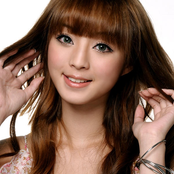Candylens Japanese circle lenses  http://www.candylens.com/products/Geo-Tri-Color-Green-Contacts.html