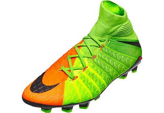 Kids Nike Hypervenom Phantom DF III Soccer Cleats. Hot at www.soccerpro.com