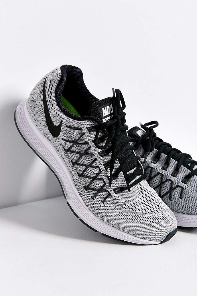 20 Amazing Cheap Home Decor Ideas: Nike Air Zoom Pegasus 32 Sneaker