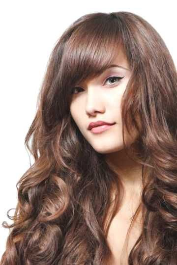 step cut hairstyle for wavy hair - http://www.gohairstyles.net/step-cut-hairstyle-for-wavy-hair/