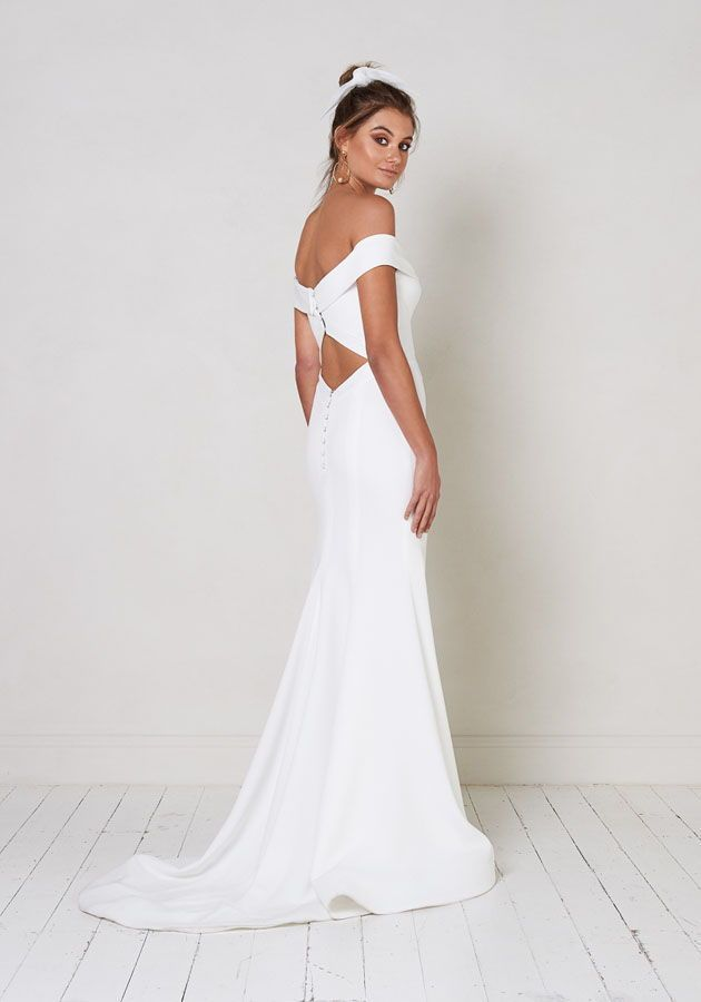 Dallas By Jane Hill Modern Wedding Dresses For The Bride Who Loves A Touch Of Vintage Glam Clean Fashion Forward