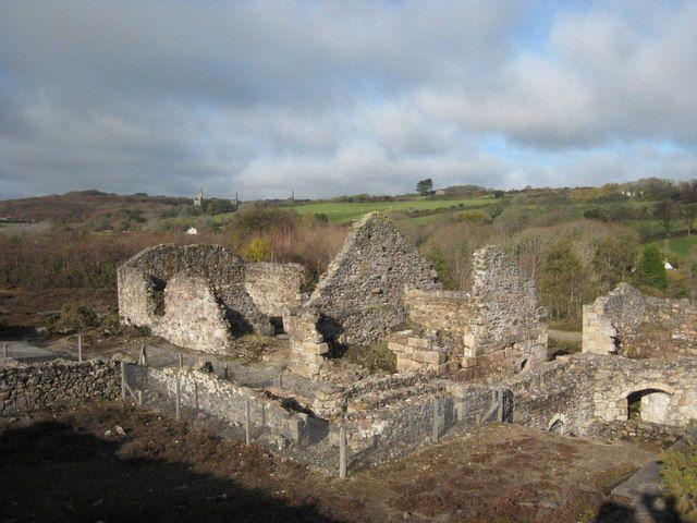 Poldark Country: 10 Abandoned Tin Mines of Cornwall