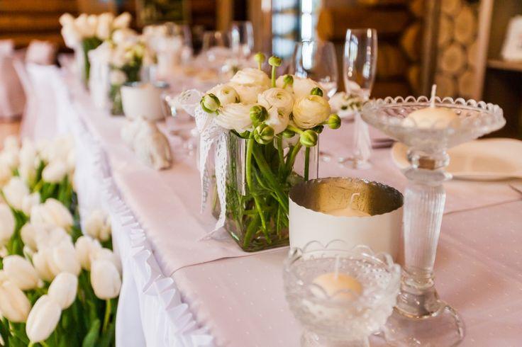 ceremony, wedding, wedding decor, sweetheart table decor, wedding flowers,  натуральный декор, свадебные цветы, ранункулюс, оформление свадьбы, флористика