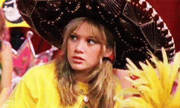 """Now, let's petition for a full cast reunion.   There Was A Mini """"Lizzie McGuire"""" Reunion This Weekend And It Was Magical"""