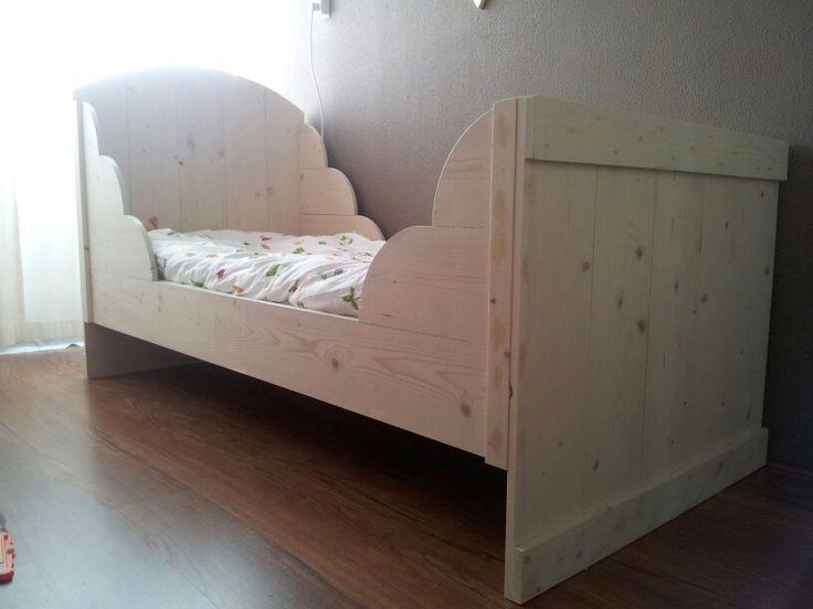 Meisjes bed van steigerhout 2m x 1 m 275euro gemaakt door  Arno's Houtenmeubels