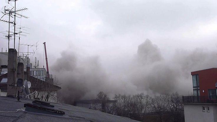 Uni-Turm-Sprengung -- Frankfurter AfE-Turm wird gesprengt 2.2.2014 [HD] | #Detonation #Implusion #Building #Explosion #Sprengung #Frankfurt #AfETurm #AfETower #Uniturm #Boom