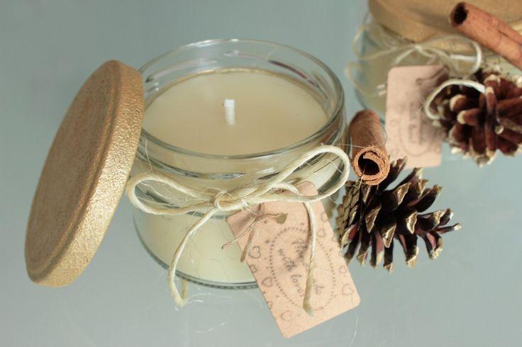 Zimtkerzen auf weißem Bienenwachs, perfekt als Geschenk in der kalten Jahreszeit #yeahhandmade #kerzen #candles #winter #basteln #diy #diyblogger #craft #crafting #cold #ambiente #beeswachs #bienenwachs #pinecone #kienapfel #naturbastelei #geschenkidee #geschenk #deko #zimt #cinnamon