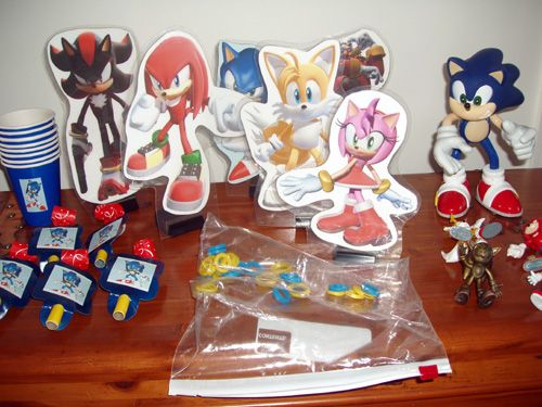 sonic the hedgehog party | Sonic The Hedgehog Party Package, Favors, and Action Figures ...