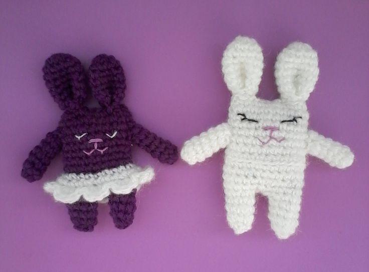 И Снова зайчики-подружки #вязанная_игрушка, #хендмейд, #амигуруми, #зайки