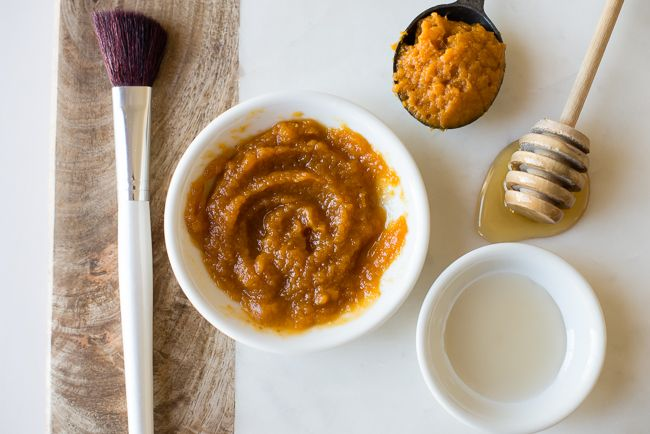Try one of these pumpkin beauty recipes and be thankful for those pumpkin puree leftovers!