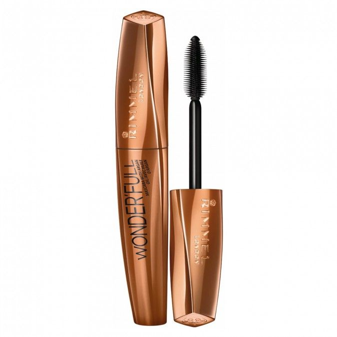 Ground-breaking mascara with Argan Oil smoothens lashes, zero clumps, feather light volume.