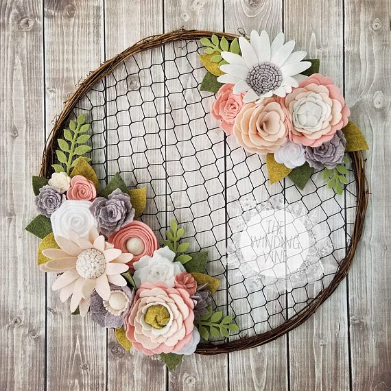 Felt Flower Wreath / Chicken Wire Wreath / Rustic Wedding /