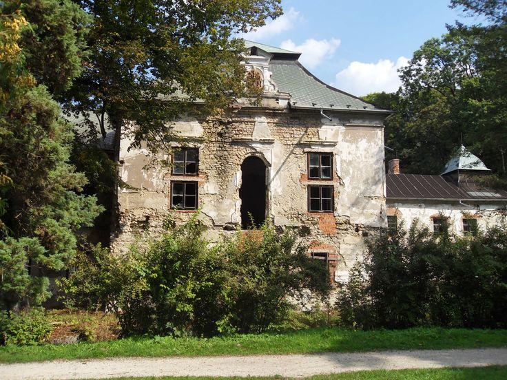 Turčianska Štiavnička, castle (16th century). Turiec.