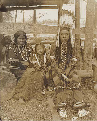 Nez Perce family – 1909