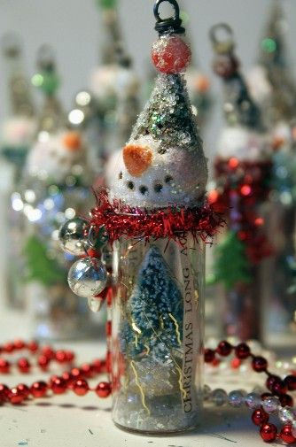 snowmen glass bottles/necklaces-great idea.