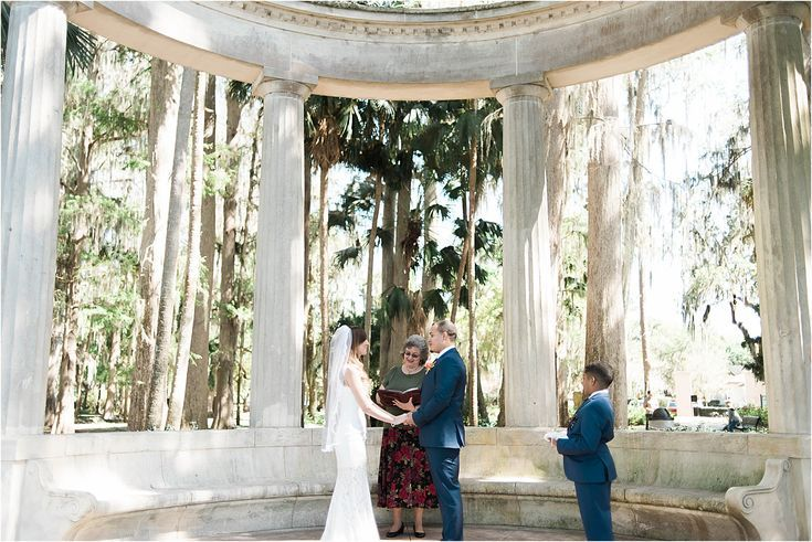 Amanda Eric S Elopement In Winter Park Fl Kraft Azalea Garden Ashley Poole Photography Intimatewe Orlando Wedding Venues Orlando Wedding Azaleas Garden