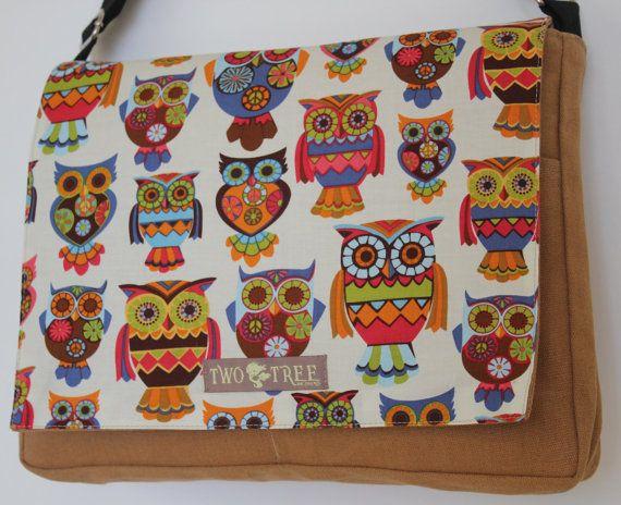 Tan Retro Hoot OWLS Print MESSENGER ipad Laptop by twotreedesignsHoot Owls, Messenger Ipad, Retro Hoot, Prints Messenger, Messenger Bags, Owls Prints, Ipad Laptops, Trees Design, Owls Bags