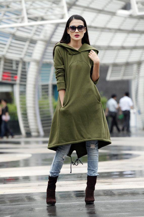 Тренд: платье-толстовка 0