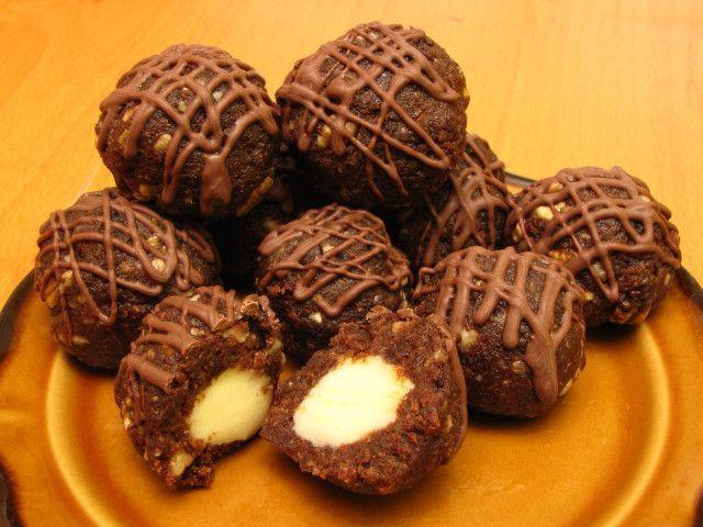 Čokoládové guľky s marcipánom
