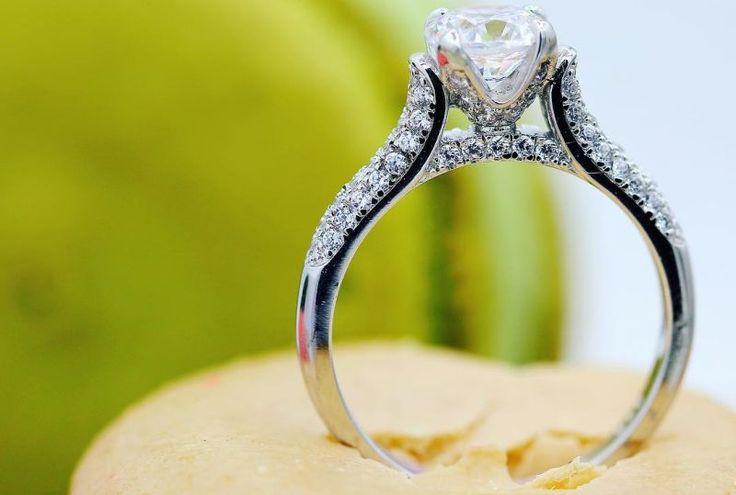 Model-Model Cincin Pertunangan yang Bikin Wanita Melayang