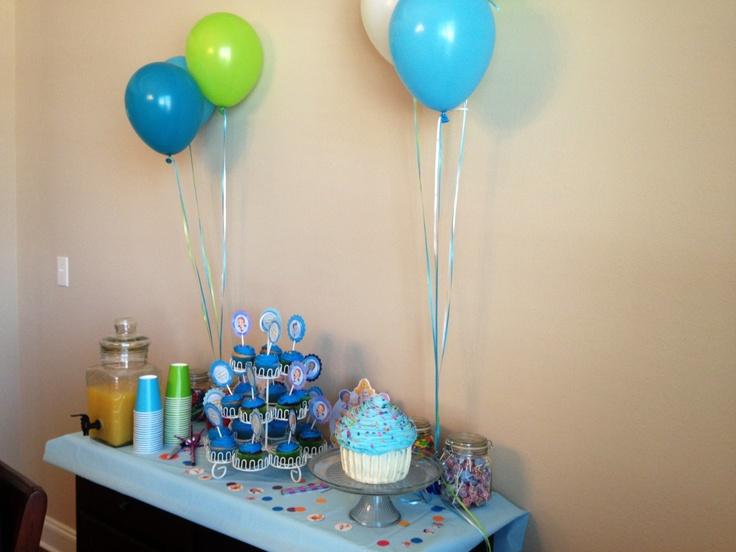 67 best images about luna 39 s bubble guppies party on pinterest - Bubble guppies center pieces ...