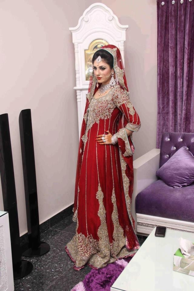 Traditional red for nikah pakistani fashion pinterest for Pakistani wedding traditions