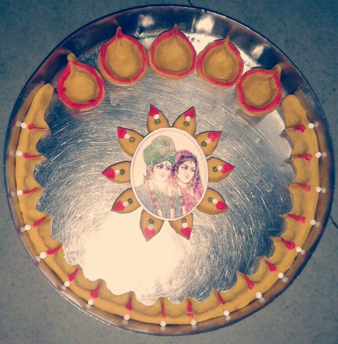 11 best aarti ki thali images on pinterest cookies for Aarti dish decoration