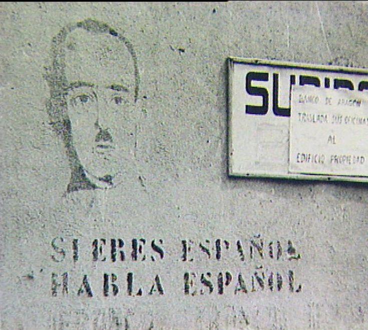 El 28 de gener del 1939, només dos dies després de l'ocupació de Barcelona per l'exèrcit feixista del general Franco, el Ministerio de Educación Nacional va emetre un decret en el qual confiscava tots els establiments educatius de la Generalitat, i suspenia de feina tots els professors de qualsevol nivell i els obligava a passar per la comissió de depuració. Entre moltes altres coses, eren sospitosos de separatisme.