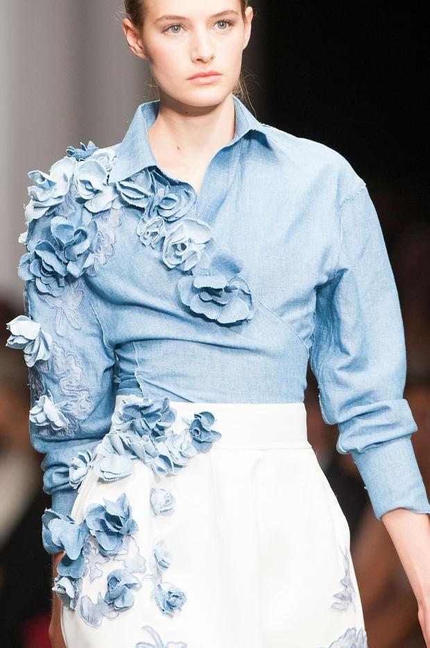 Fashion runway| Ermanno Scervino Spring/Summer 2015 Rtw MFW | http://www.theglampepper.com/2014/09/23/fashion-runway-ermanno-scervino-springsummer-2015-rtw-mfw/