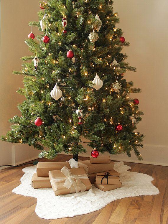 Raw-Edge Faux Fur Christmas Tree Skirt | Ivory Holiday Decor | Xmas Tree Decorations {Faux Fur Christmas Tree Skirt}