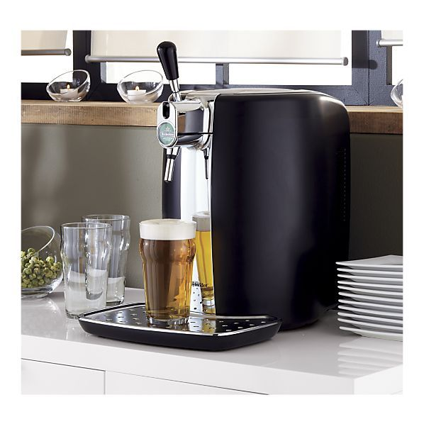 heineken mini keg dispenser for the home pinterest minis and heineken. Black Bedroom Furniture Sets. Home Design Ideas