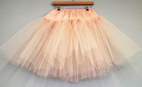 DIY Tutorial: Multi-Layered Tulle Petticoat (Make Your Own Rainbow Petticoat!) · Rock n Roll Bride