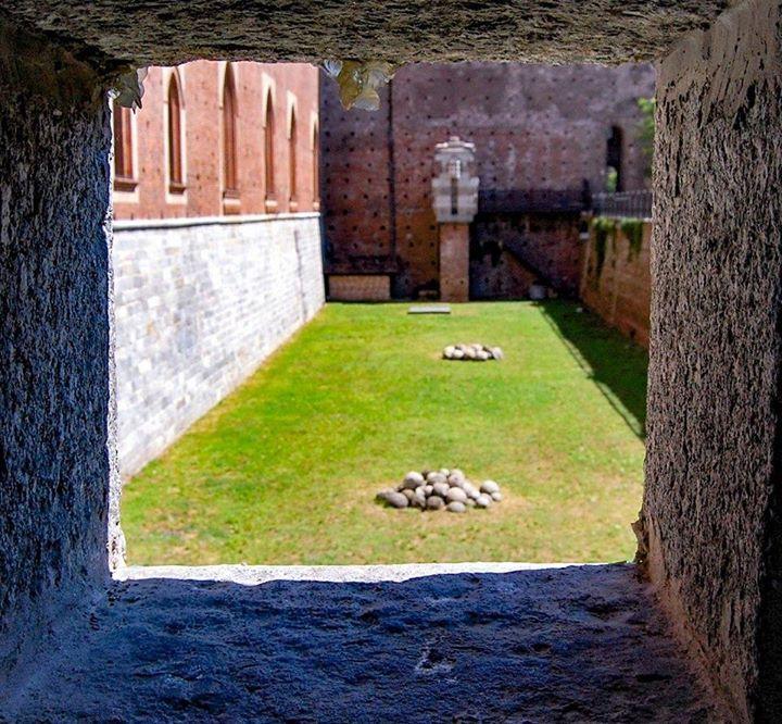 Buongiorno #Milano Dentro il Castello... Foto di Gattofrank Massa #milanodavedere Milano da Vedere