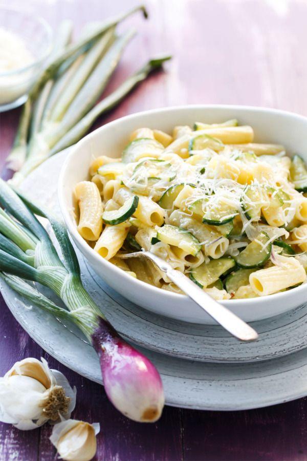 Creamy Spring Onion and Zucchini Rigatoni - A perfect weeknight dinner recipe!