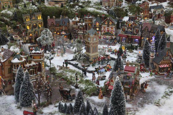 Village De Noel Miniature : miniature village sidewalk how to le plus grand village de no l miniature du monde rosny ~ Teatrodelosmanantiales.com Idées de Décoration