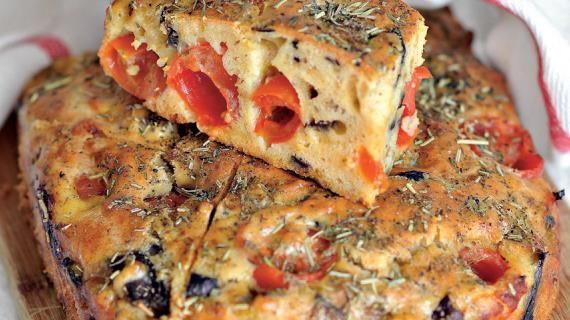 Закусочный кекс с баклажанами и помидорами, пошаговый рецепт с фото