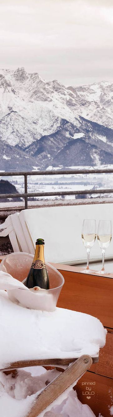 A romantic mountain retreat at Monarch Mountain Lodge, Colorado. Suite, champagne, dinner arrangements and discounted ski lift passes!  Plan your weekend getaway: http://www.monarchmountlodge.com/valentines.html