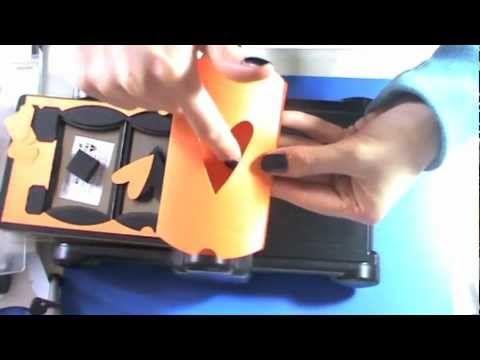 Vi aspetto anche qui: www.lartevistadame.it https://www.facebook.com/LArteVistaDaMe Nel video vi mostro diverse idee per sfruttare la fustella di Tim Holtz.....