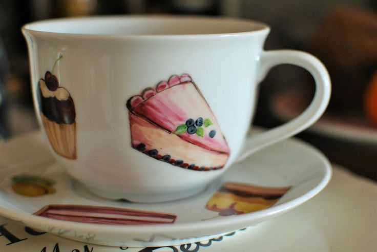 a beautiful breakfast whit my cup handpainted whit sweets