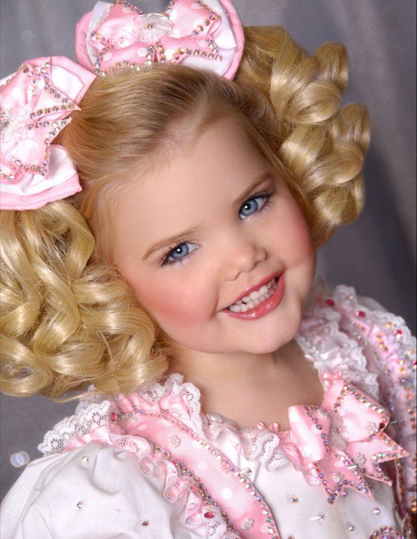 Various-Pageant-Photos-Eden-Wood-Toddlers