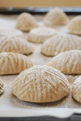 """maamouls recipe. Traditional middle eastern stuffed cookies. A holiday """"The Eid"""" tradition"""